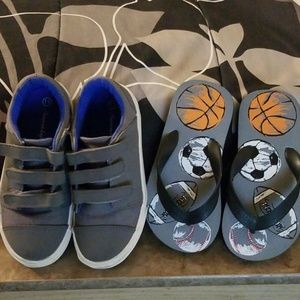 Little boys size 11 American Eagle canvas sneakers